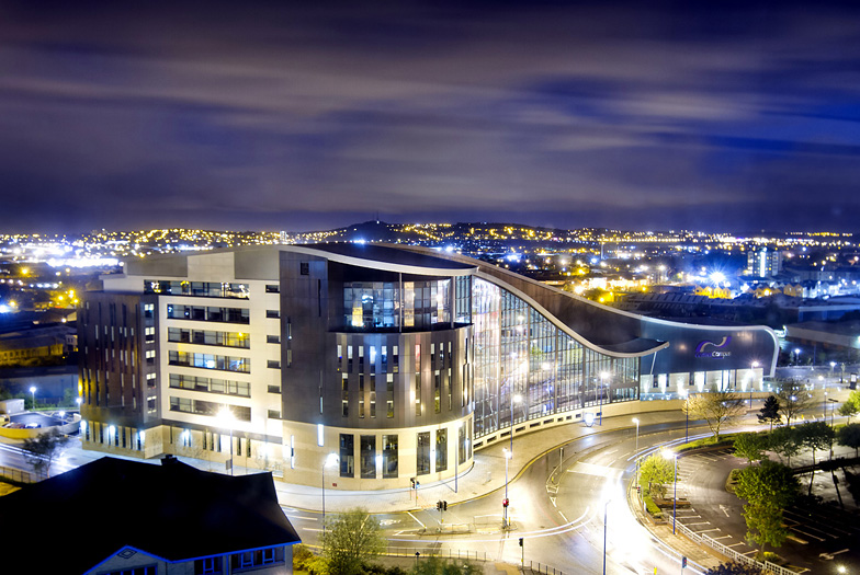IMAGE: http://www.pgdesigns.co.uk/images/blog/30-05-13_18-04Architectural-photography-Sandwell_13.jpg